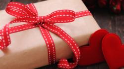 Prezent na Walentynki – pomysły dla niej i dla niego