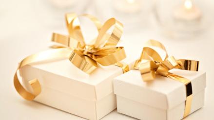 Prezent ślubny – co wybrać?
