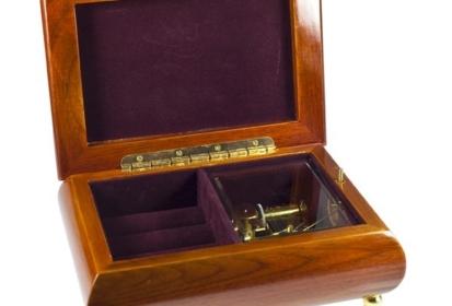 Szkatułki na biżuterię
